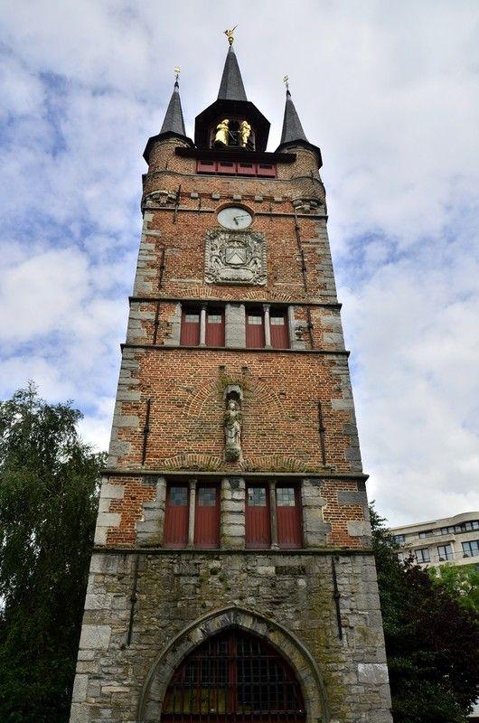 Photo beffrois courtrai belgique patrimoine mondial unesco for Courtrai belgium