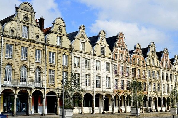 Photo places arras 62 pas de calais centerblog for Architecture flamande